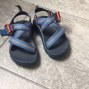 EUC Little kid Size 10 Chaco sandal